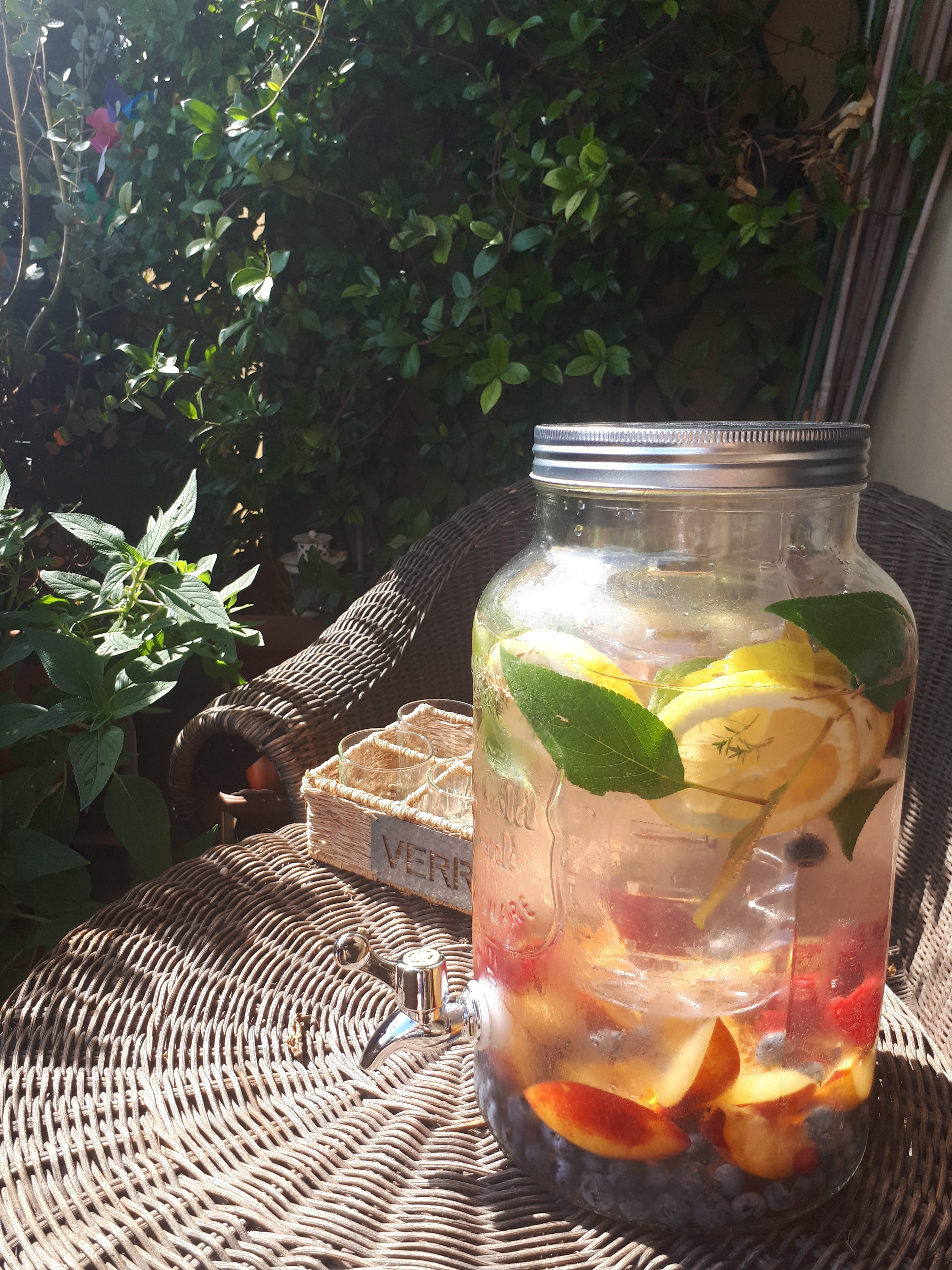 INFUSED WATER – ACQUE DETOX
